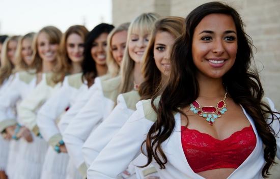 Самые красивые девушки-черлидеры 2012 года
