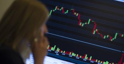 Курс рубля укрепился наоткрытии торгов