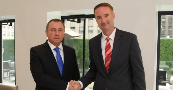 Belarus and USA discuss military cooperation