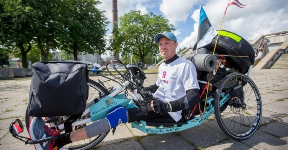 Wheelchaired Belarusian travels across Europe, his mother deprived of allowance