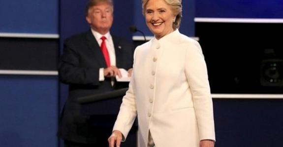 Клинтон обошла Трампа в финальных дебатах - видео с переводом на русский
