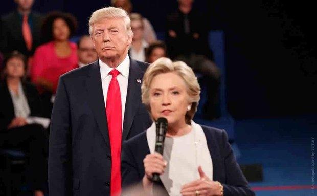 Опрос: Трамп впервые с мая опередил Клинтон на 1%