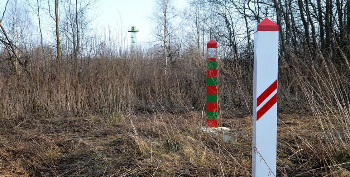Latvia to build wall at Belarus border