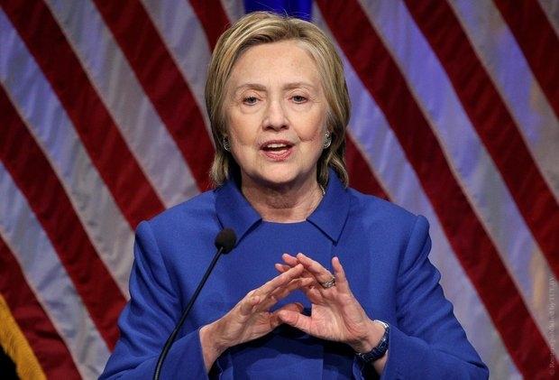 Хиллари Клинтон: После поражения я хотела свернуться в клубок