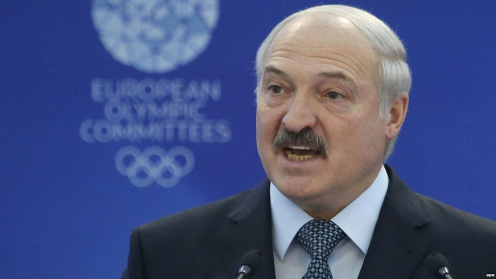 Belarus President sees 2 percent GDP decline in 2016