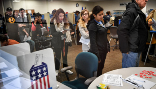 В США побит рекорд участия избирателей в досрочном голосовании