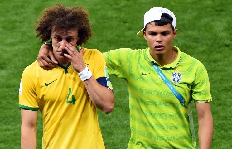 В символическую сборную ЧМ-2014 записали трех бразильских защитников