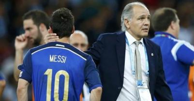 Алехандро Сабелья: Месси принес себя в жертву команде