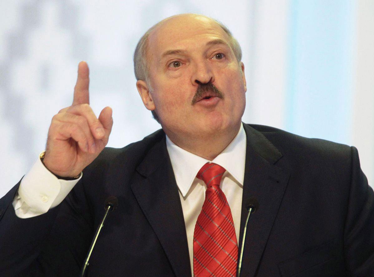 Лукашенко призвал допустить наблюдателей НАТО научения РФ и Беларуси