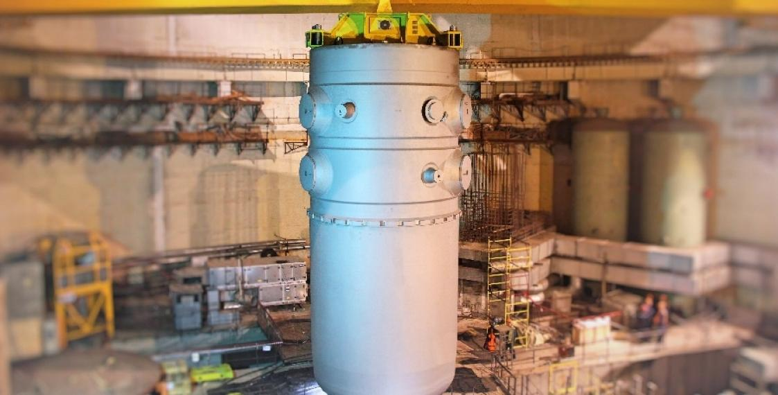 Reactor vessel mounted at Belarusian nuclear power plant