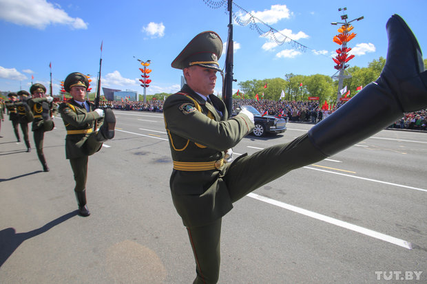 Military parades in Belarus: displaying military might and annoying locals