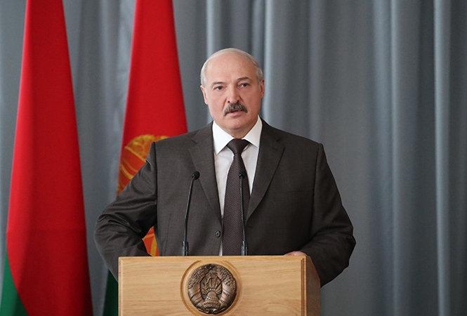 Лукашенко объявил  онедоверии РФ  кбелорусам