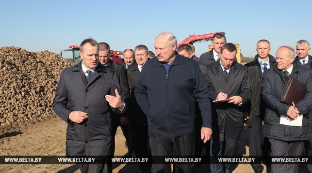 Лукашенко— аграриям: больше нерассчитывайте набольшие деньги
