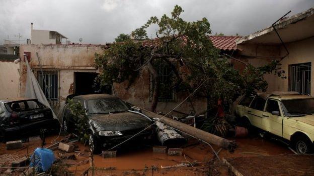 Наводнение вГреции задело пригороды Афин инебольшой остров