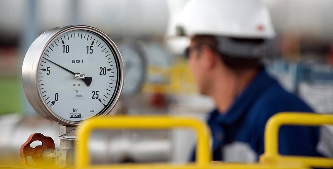 Russia lowers gas price for Belarus