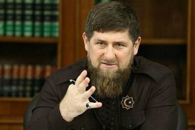 Кадыров провел бой сЕмельяненко-младшим