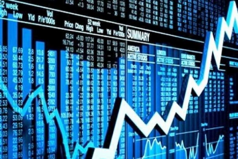 Евро навыходные упал вцене до69,64 рубля, доллар— до59,28