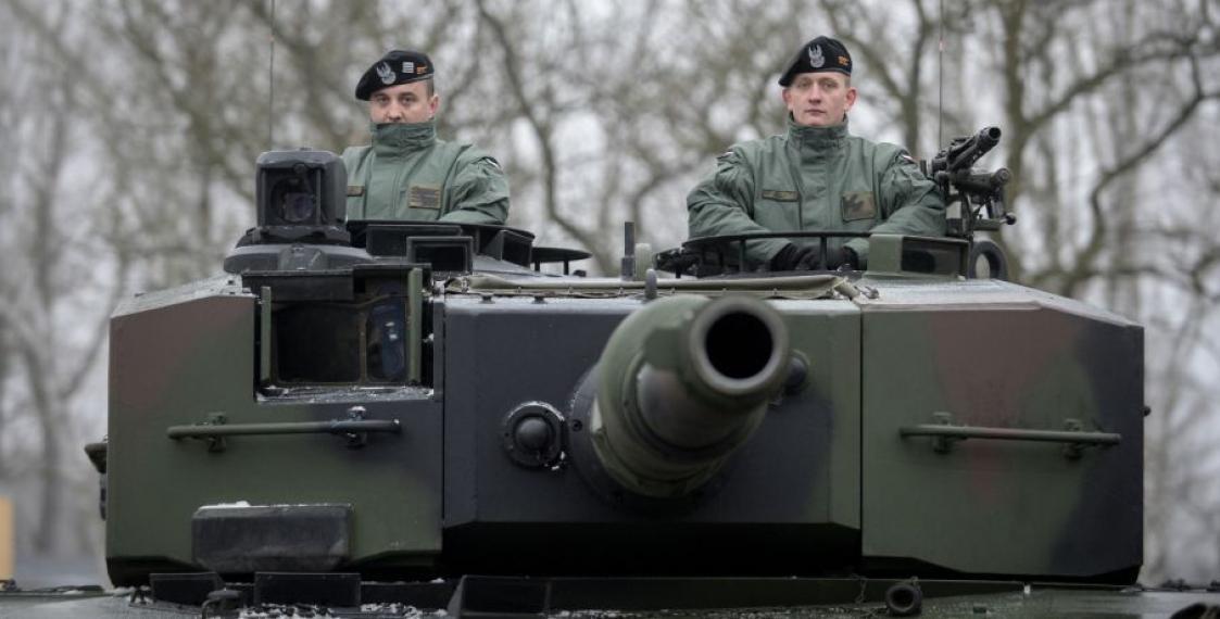 Минобороны Польши перебрасывает «Леопардов» кбелорусской границе