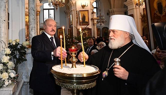 Лукашенко: жизнь нужно сделать нетерпимой, анормальной