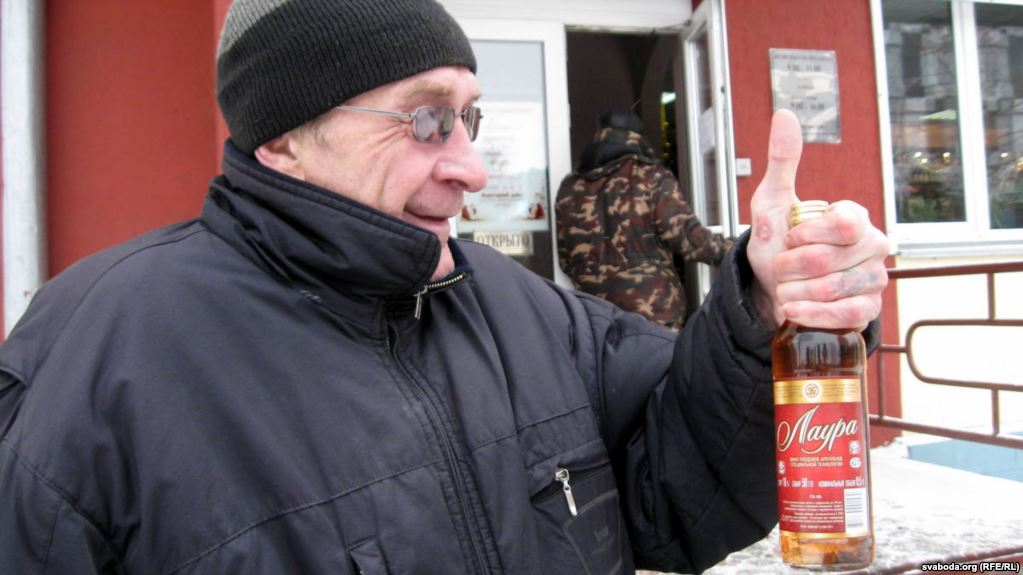 Hard-Drinking Belarus Considers Ways To Curb Alcohol Dependency