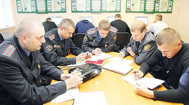 Belarusian Policemen To Learn English Ahead Of 2019 European Games