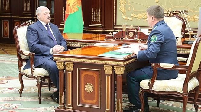 Белоруссия наладила выпуск черной и красной икры