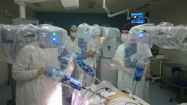 For The First Time In Belarus! Robot Performs Successful Surgery