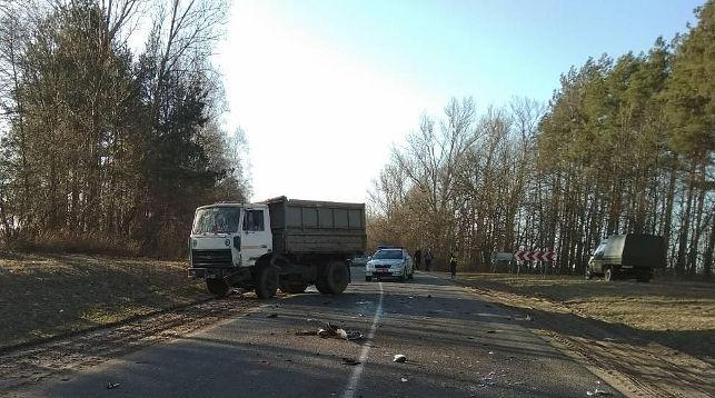 В Пружанском районе погиб мотоциклист, врезавшись при обгоне в грузовик