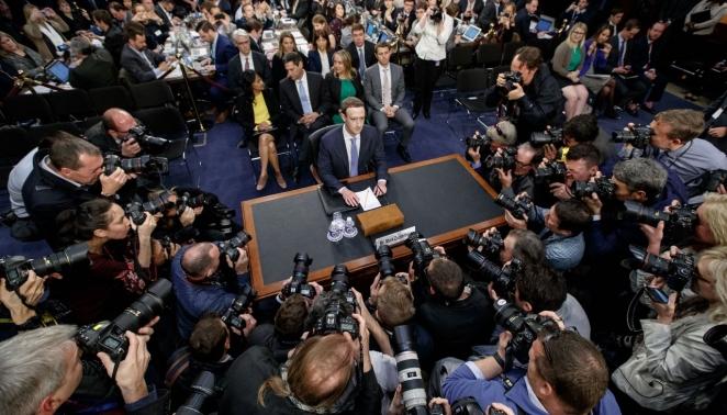 Что сказал глава Facebook на пятичасовом выступлении в Конгрессе