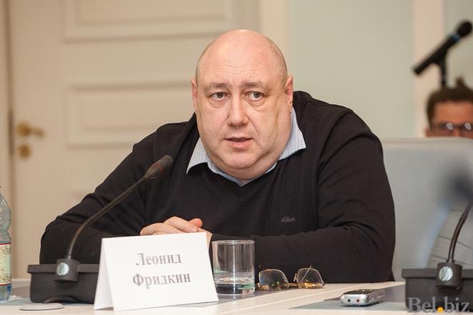 Сколько будет стоить бензин после перехода Беларуси на мировые цены на нефть?