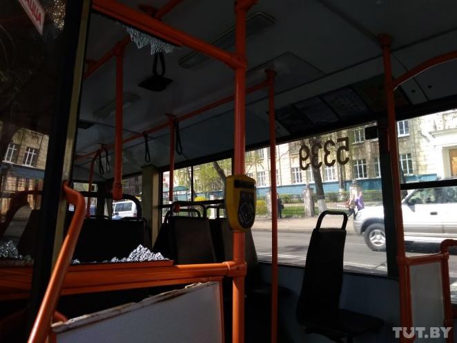 В Минске троллейбус врезался в столб: пострадали 13 человек