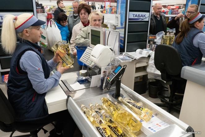 """""""Голодные игры"""" в минском магазине: масло вырывали друг у друга из рук"""