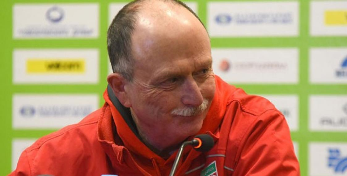 Ice hockey: Belarus coach Dave Lewis resigns