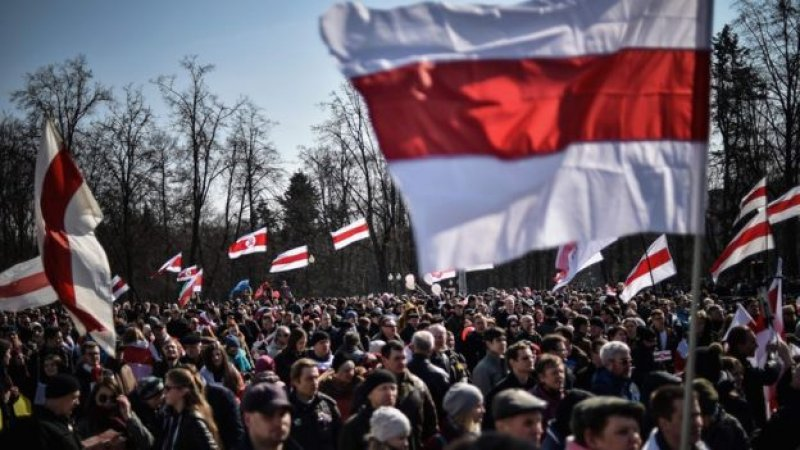 Civil society fundraising in Belarus: time to go local and crowdfund?
