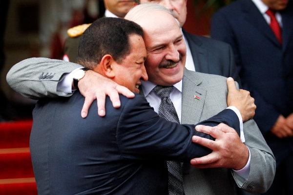 """Российские СМИ заинтересовали """"диктаторы, с которыми дружил Лукашенко"""""""