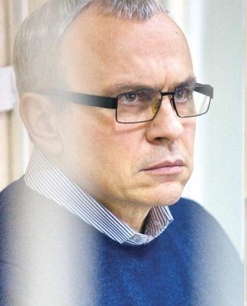 В Минске снова будут судить самого богатого коррупционера