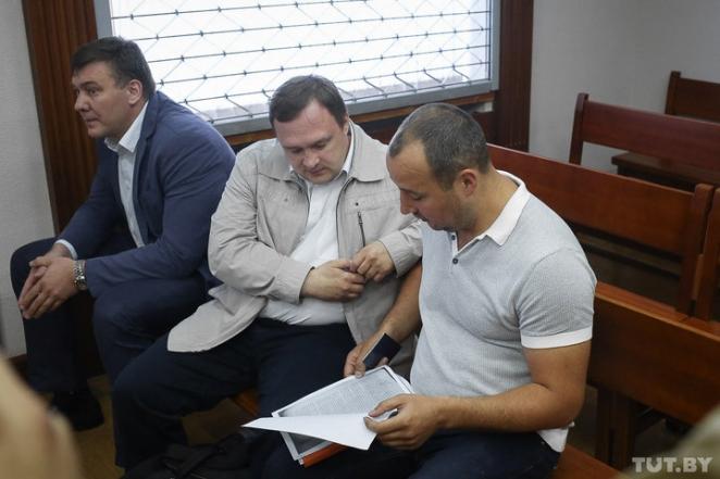 Потерпевший по делу Япринцевых получит 400 рублей вместо 300 тысяч долларов