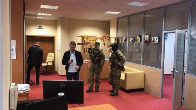 """Скандал: Руководителя """"РИА Новости-Украина"""" подозревают в госизмене"""