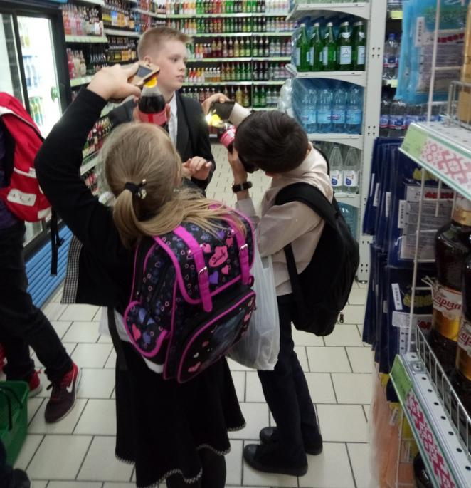 Белорусские школьники придумали, как обмануть Кока-Колу