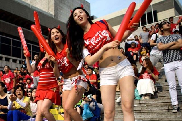 Болельщицы сборных, которые вылетают с чемпионата мира по футболу