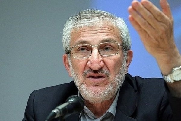 Iran, Belarus agree over 'oil for machinery' barter deal