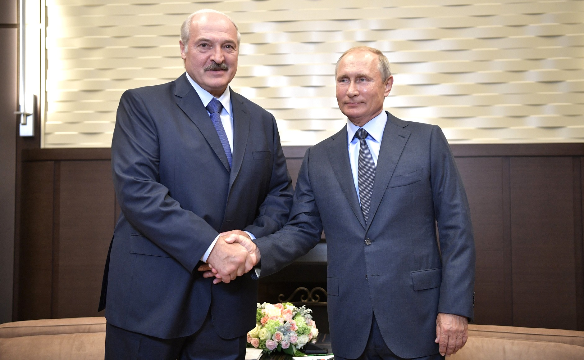 Lukashenka meets one-on-one with Putin in Sochi