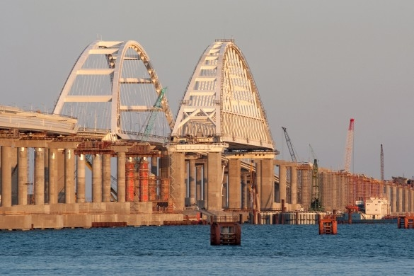 США взяли Крымский мост на прицел