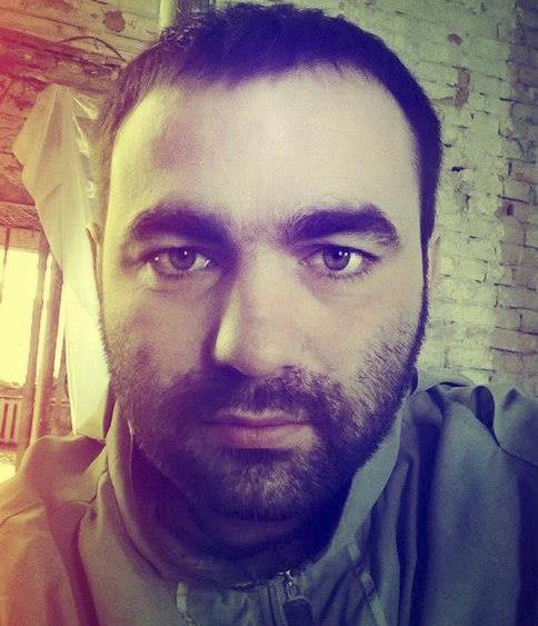 """""""Чувствует себя плохо"""". Мама белоруса, избитого Кокориным и Мамаевым, рассказала о его состоянии"""