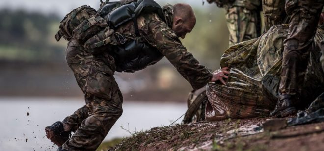 Belarusian paratroopers win military competition in UK