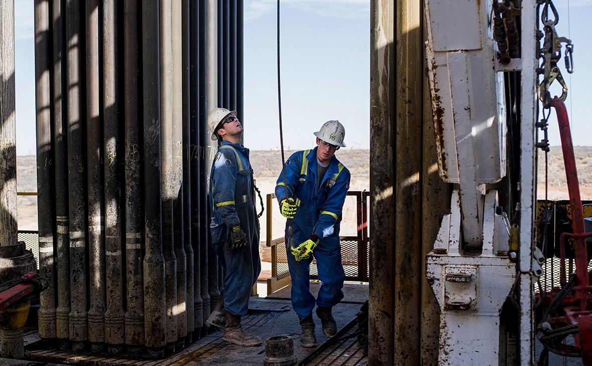 ОПЕК+ будет снижать объемы добываемой нефти