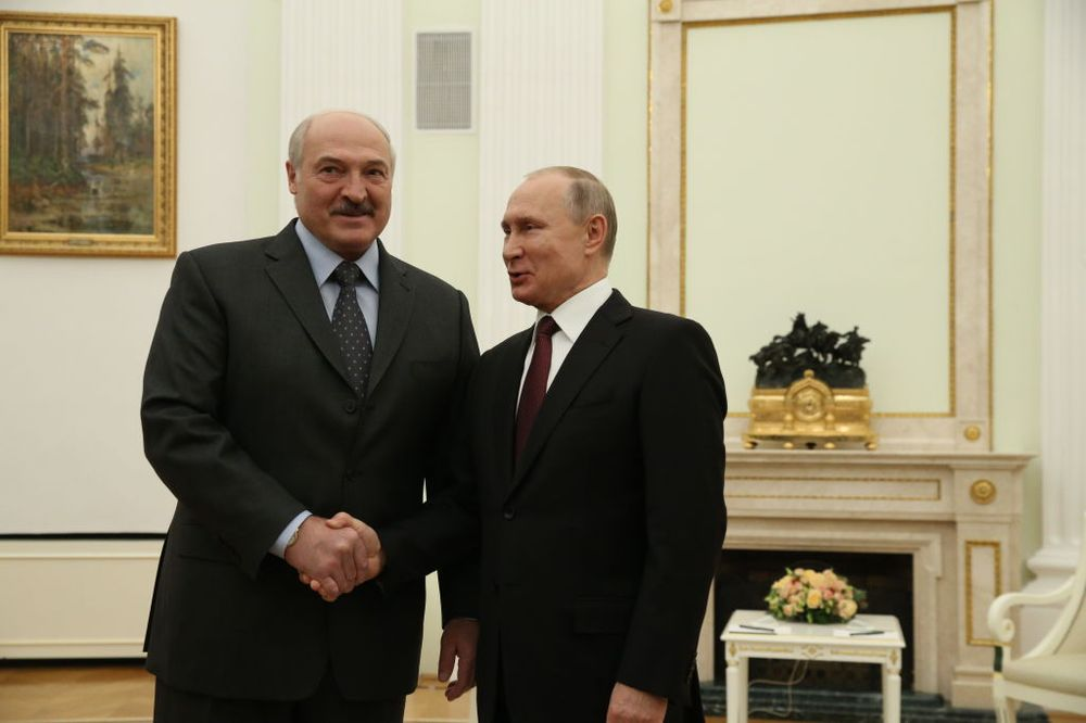 Bloomberg Opinion: Putin's Retirement Plan Depends on Belarus