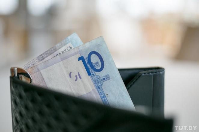 """""""Включить в цену топлива и сделать оплату по дням"""": как белорусы обсуждают дорожный налог"""