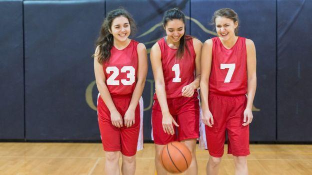 Каким спортом в каком возрасте лучше всего заниматься?