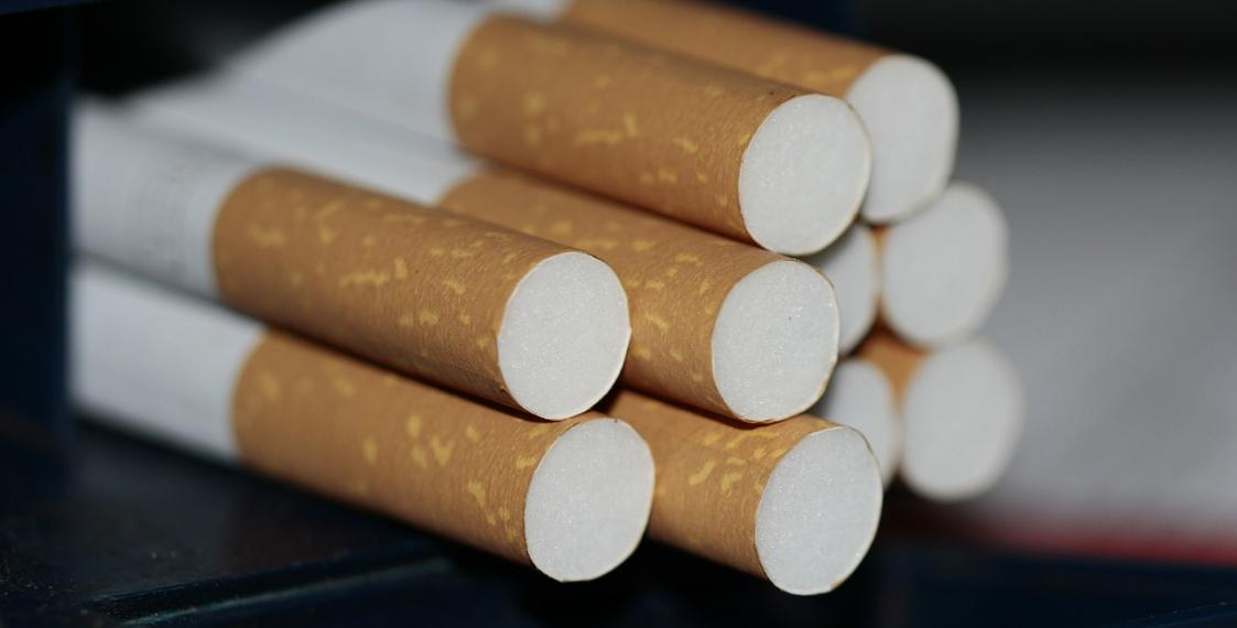 Ukraine investigates large-scale cigarettes contraband from Belarus to EU